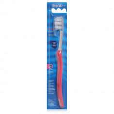 Oral-B Зубная щетка ORTHO мягкая